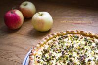 Torta di mele, ricotta e pistacchi
